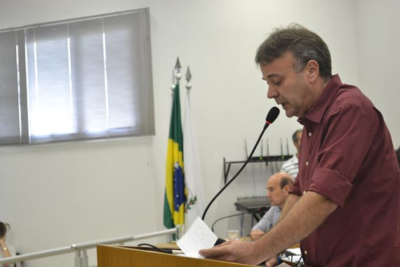 Mauro anuncia que não concorrerá para o cargo de prefeito