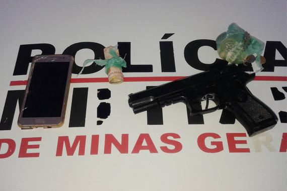 Operação da PM prende suspeitos de crimes em Araxá