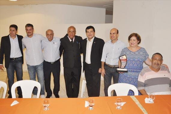 Mais de setenta desportistas de diversas modalidades foram premiados com Troféu Moraes