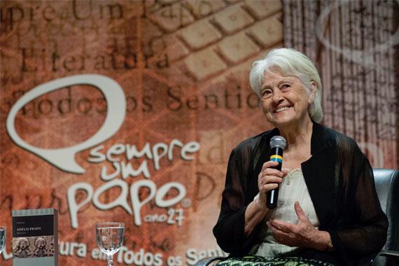 Sempre Um Papo recebe Adélia Prado em Araxá