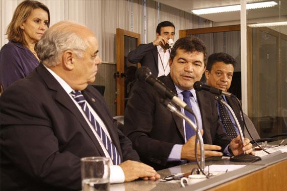 Parlamentares aprovam manifesto em apoio à manutenção do Ministério da Cultura