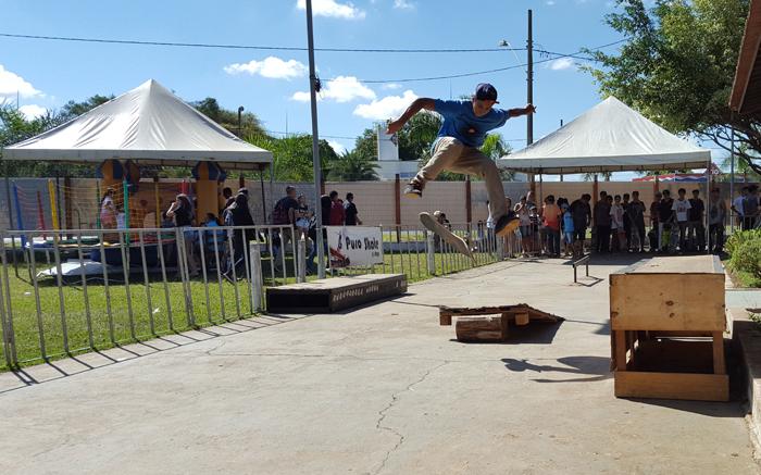 Matheus Borges durante o campeonato de skate