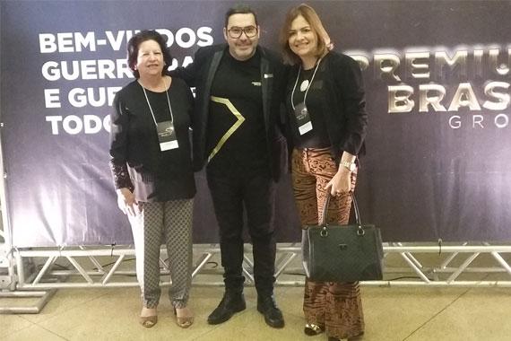 Secretária municipal de Educação recebe o Prêmio Palma de Ouro 2016