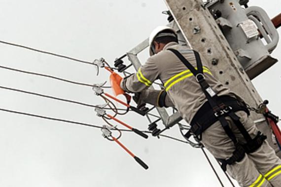 Rede elétrica de Araxá recebe manutenção preventiva