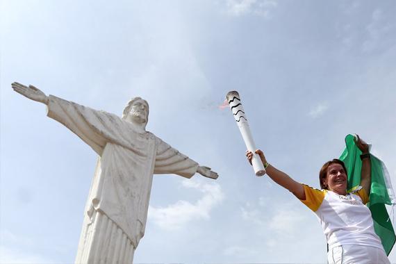 Passagem da Tocha Olímpica por Minas Gerais é marcada por momentos inesquecíveis