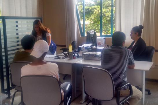 Estagiários do Curso de Direito do Uniaraxá realizam atendimentos gratuitos à comunidade carente