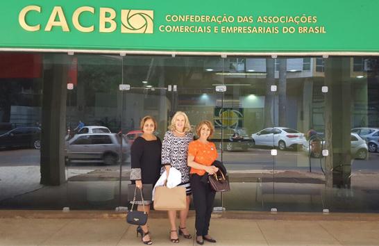 Presidente da Acia participa de reunião da CACB em Brasília