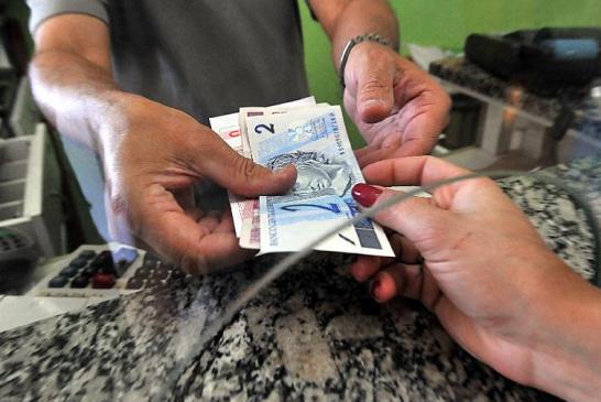 Bancos trocarão moedas e cédulas falsas sacadas em caixas ou terminais