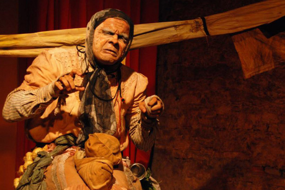 Araxá recebe projeto itinerante com espetáculo e oficina para atores e estudantes