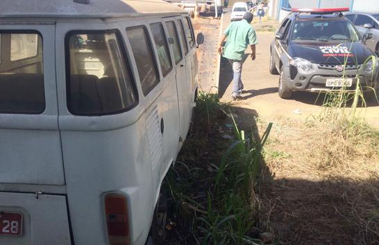 Polícia Civil inicia retirada de carros abandonados das ruas de Araxá