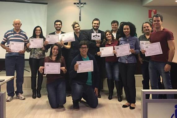 Alunos do Uniaraxá participam de curso sobre o uso da oralidade