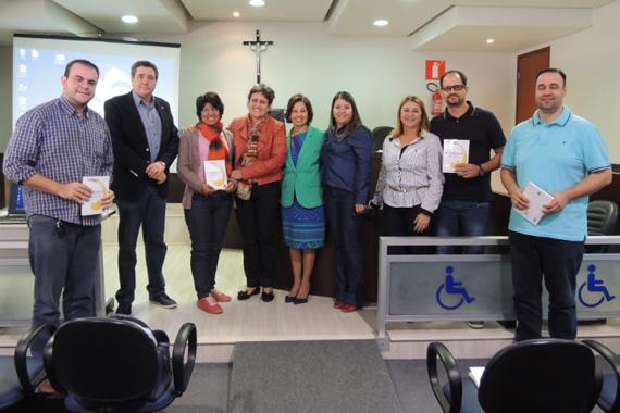 Pedagogia do Uniaraxá lança 12ª edição da Revista Evidência