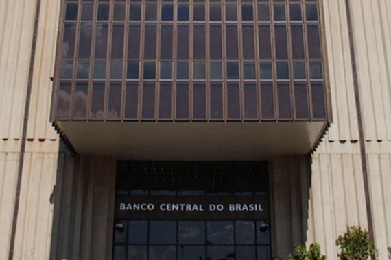 Banco Central cobra melhorias na solução de reclamações de clientes bancários