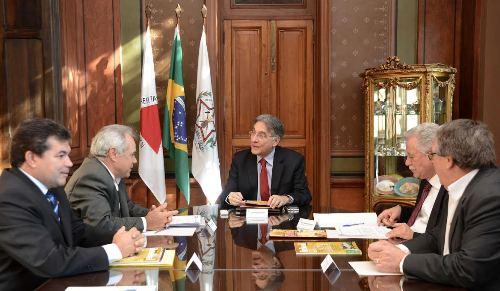 Deputado Bosco apresenta demandas de Araxá e região para o governador Pimentel