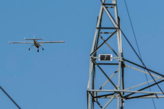 Cemig testa aeronave não tripulada para inspeção de linhas de transmissão