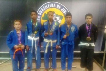 Crianças da Fundação Rio Branco no pódio na V Copa do Mundo Interclubes de Jiu-Jitsu