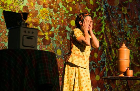 Concessa faz plateia gargalhar no Teatro Municipal em Araxá