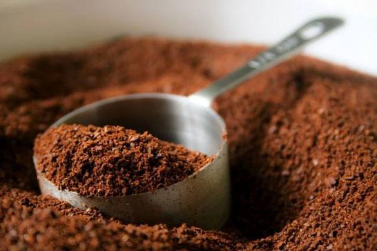 Investigação do Procon-MG aponta que 30,7% de amostras de café analisadas são impróprias para o consumo