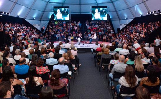 Fliaraxá fecha quinta edição com público de 12 mil pessoas
