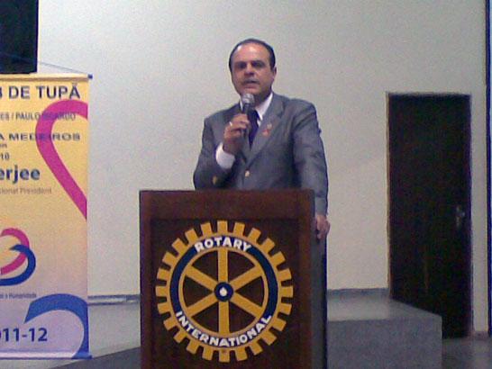 Rotary promove palestra sobre Família