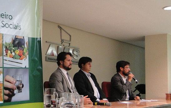 Governo de Minas Gerais estimula pequenos produtores a vender para supermercados