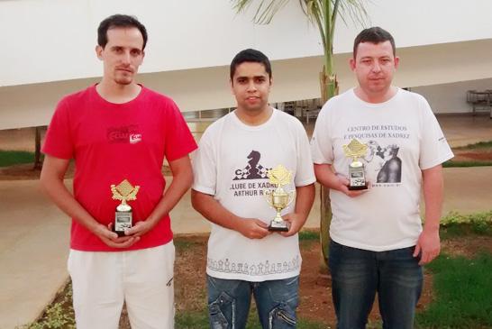 Fim de semana de muitas conquistas para o xadrez araxaense
