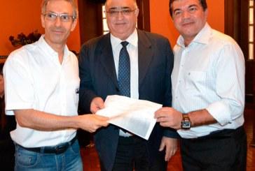 Presidente da Fecomércio/MG visita Sindicomércio e é recebido por lideranças de Araxá