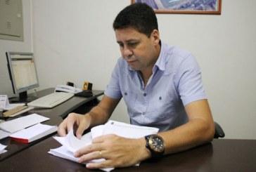 Prefeitura e Araxá Esporte viabilizam laudos para estréia do alvinegro