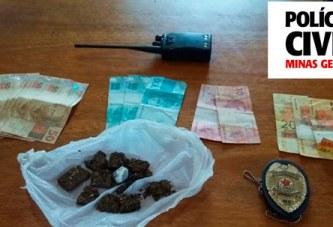 Polícia Civil apreende drogas, dinheiro e uma adolescente de 17 anos por envolvimento com o tráfico de drogas