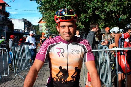 Ciclista araxaense faz ótima prova na Serra da Mantiqueira