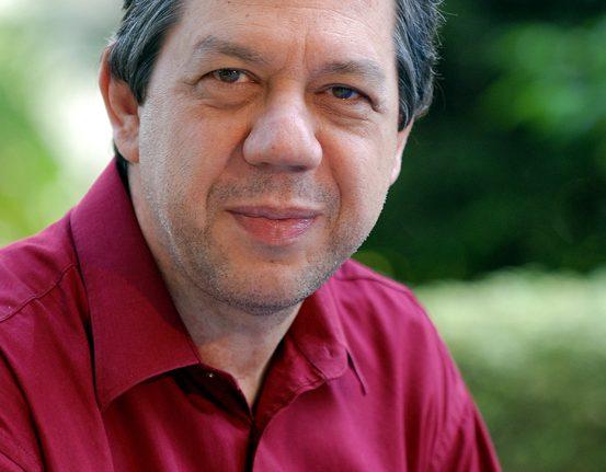 Sempre Um Papo recebe Professor Pasquale em Araxá