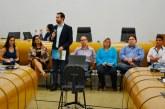 Fórum Comunitário cobra recomposição salarial para servidores, mas prefeitura diz que questão deve ser analisada com cautela