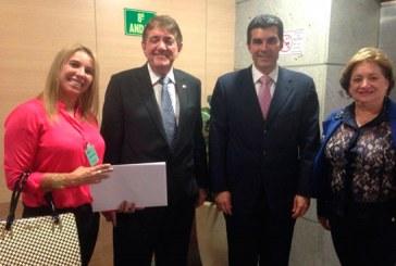 Prefeito busca mais recursos em Brasília