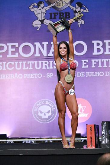 Rosi Carezzane é Campeã Brasileira de Fisiculturismo 3