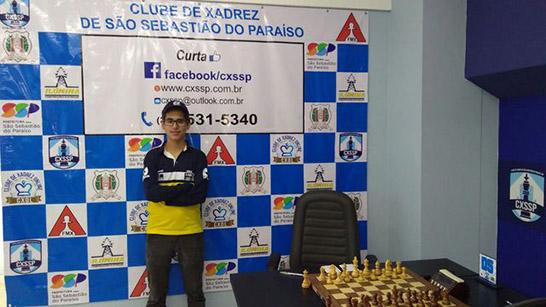 Enxadrista Vitor Amorim Frois é campeão em São Sebastião do Paraíso