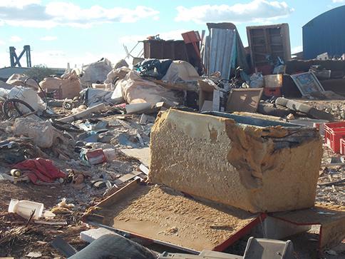 Robson Magela cobra providências da Prefeitura de Araxá sobre o lixão no Distrito Industrial 3