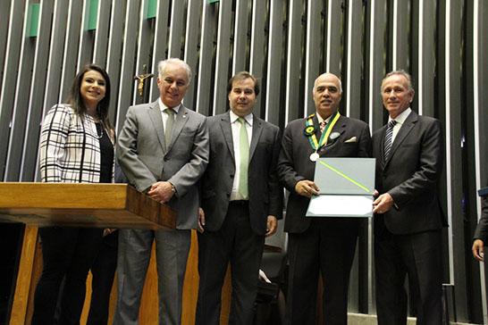 José Otávio Lemos recebe homenagem da Câmara Federal