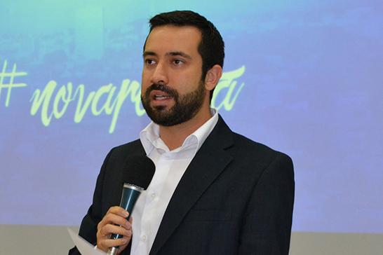 Raphael Rios propõe projeto para transparência e divulgação de informações sobre obras públicas
