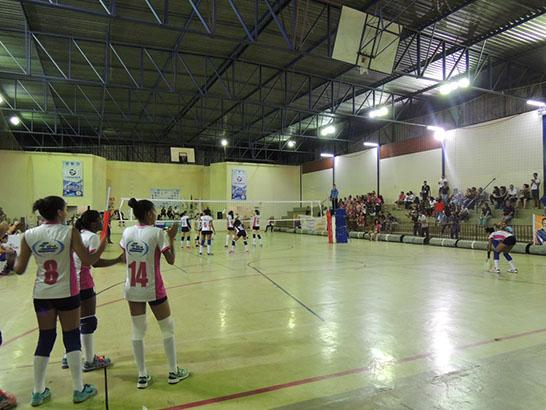 Uniaraxá recebe Campeonato Estadual de Vôlei Sub-15, Araxá está na final