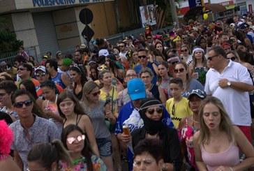 Bloco Filhos deBeja reinventa o carnaval em Araxá