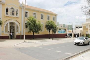 Astran regulamenta estacionamento de veículos na Praça São Domingos