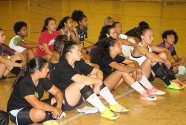 Realizada seleção de atletas para o futsal feminino, com o apoio da PMA