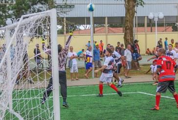 Centro Esportivo Educacional Pedro Bispo lotado na abertura do 1° Campeonato de Futebol Society