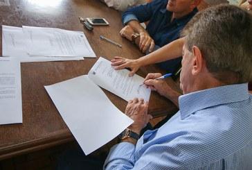 Prefeitura anuncia reajustes para servidores municipais