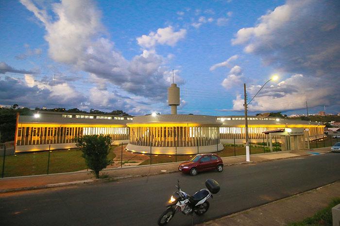 Revitalização do prédio da Escola Dom José Gaspar é concluída