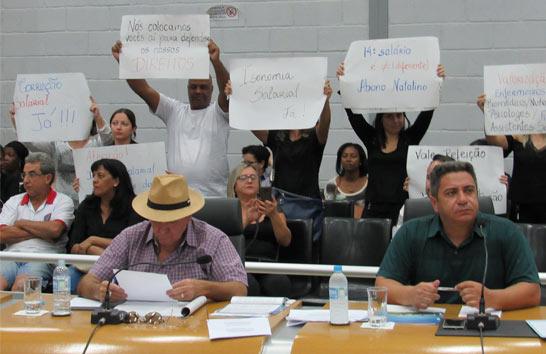 Projeto substitutivo de reajuste salarial para servidores da Prefeitura é apresentado na Câmara
