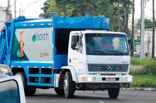 Coleta de lixo volta a ser feita em Araxá