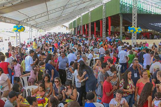 Festa em homenagem ao funcionário público municipal reúne cerca de 11 mil pessoas   3