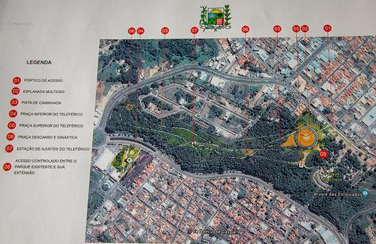 Prefeito recebe projetos de viaduto na rua Uberaba e de Parque Ecológico com teleférico anexo ao Parque do Cristo 5