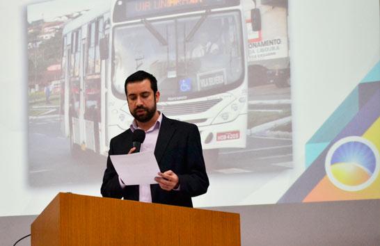 Com a queda do diesel, Raphael Rios cobra revisão na política de preços da tarifa de ônibus em Araxá
